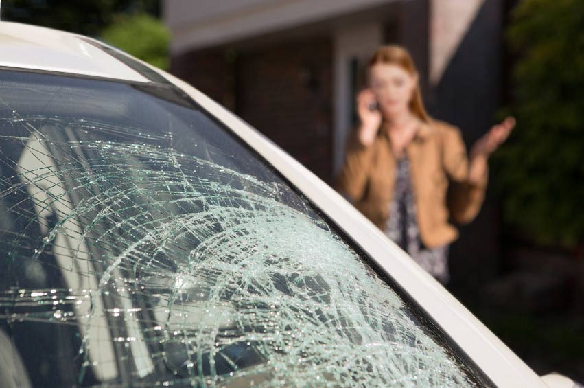 will a cracked windshield fail inspection in texas